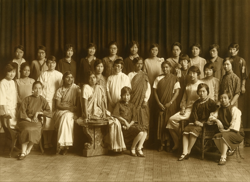 Barbour Scholars and Fellows, 1928–29. Ann Arbor: Rentschler's Studio. Courtesy of: Bentley Historical Library, University of Michigan: HS1352.